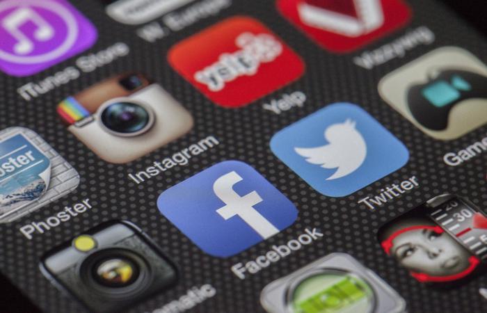 Цукерберг виступив за цензуру Фейсбука