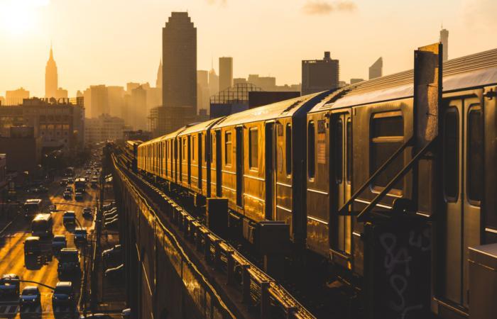 Транспортне управління Нью-Йорку тестує технологічні рішення для метро і автобусів