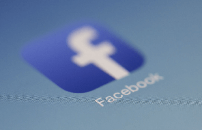 Facebook почав приховувати лайки