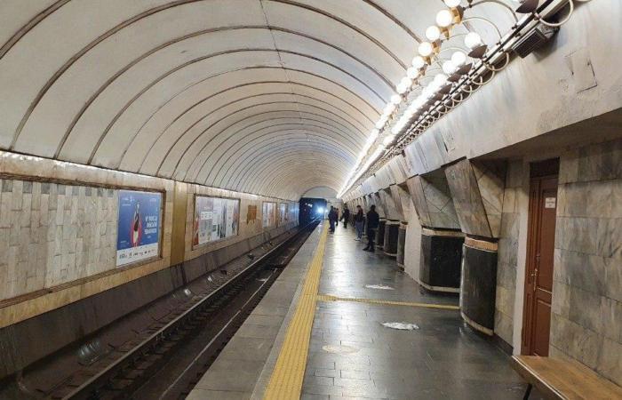 В Києві відновив роботу метрополітен