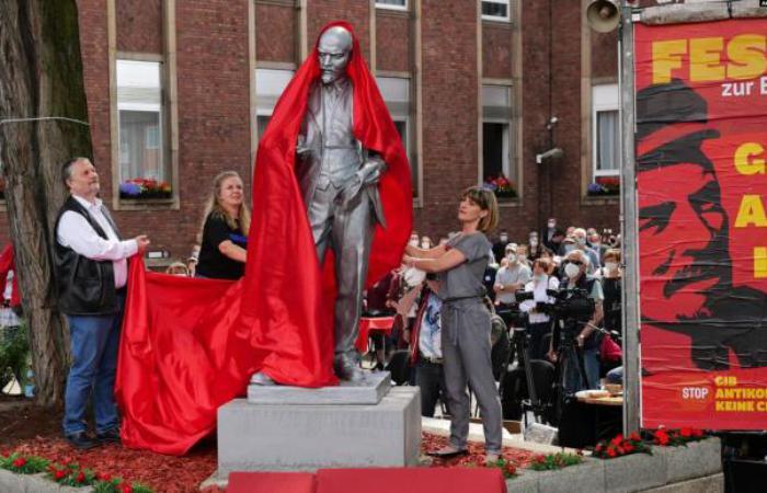В Германии установили памятник Ленину - темные времена возвращаются?