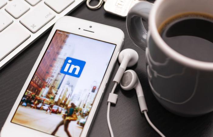 У LinkedIn з'являться Сторіс. Це допоможе зробити соцмережу більш «людяною»
