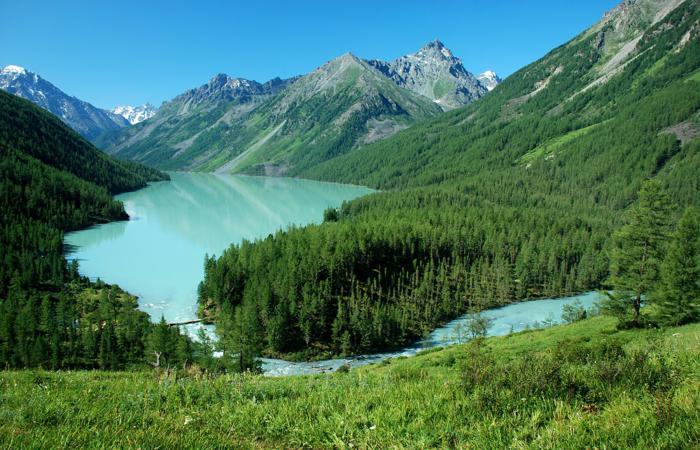 Киргизия от Алтая до Урала
