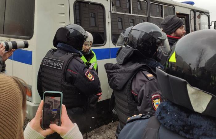 В России задержали  55 журналистов освещавших протесты