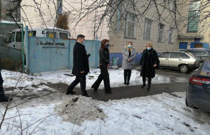 У Центрі соціально-психологічної реабілітації Подільського району відбулась зустріч щодо реконструкції приміщення