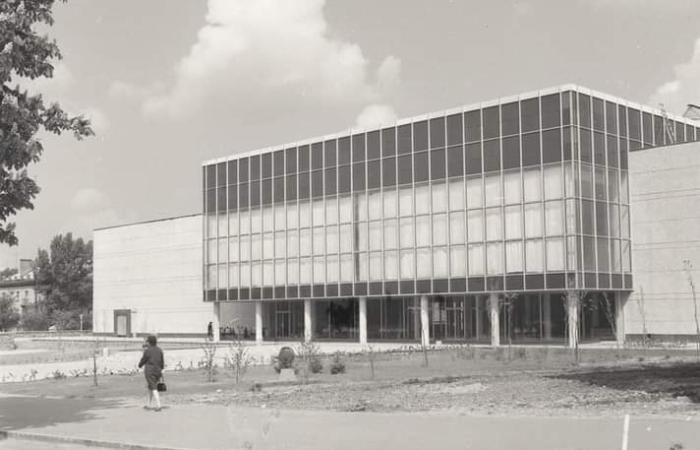 Палац культури авіазаводу: історія та сучасність