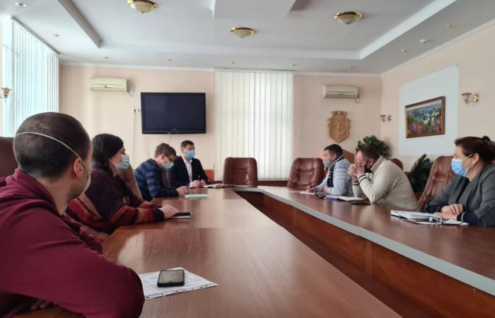 Майстер-клас з культури діалогу провів перший заступник голови Подільської РДА Сергій Коваленко