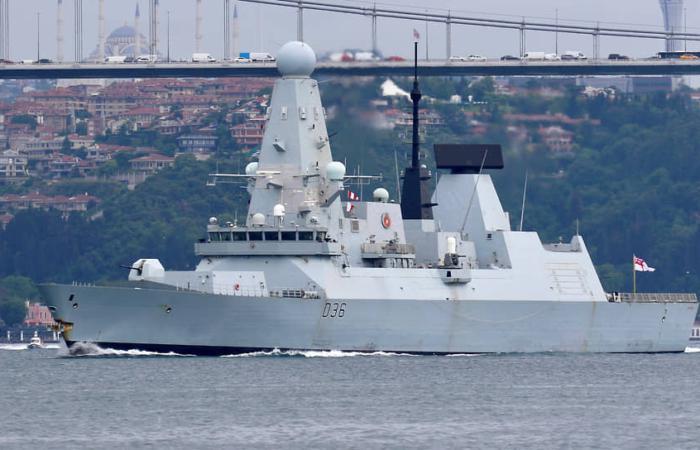 Россия одним залпом потопила в Черном море весь флот Великобритании!