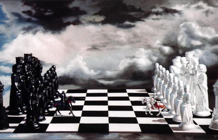 Выбирая из двух зол меньшее ты всегда выбираешь зло…