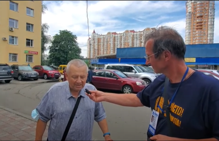 Вже два рокине працює ліфт на Тимошенко 4, 3-й під'їзд.
