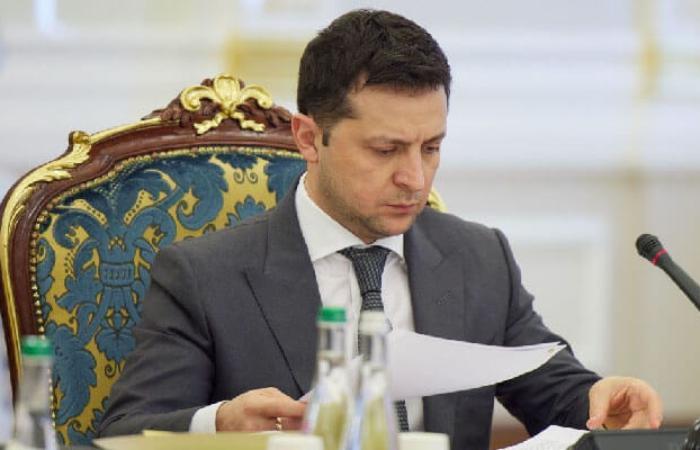 Зеленський  скасував заборону на відключення населення за борги по комунальним послугам